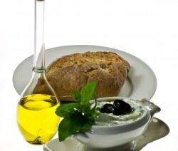Тцатцики с маслини