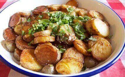 картофи соте в бяла купа