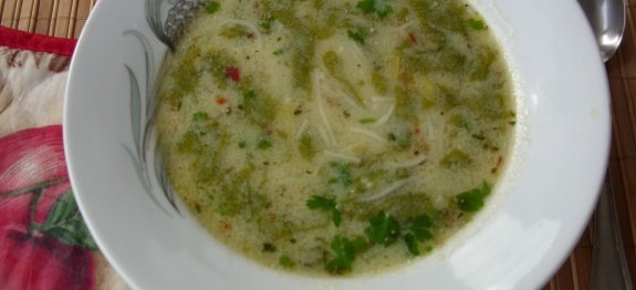 Супа с лобода в чиния