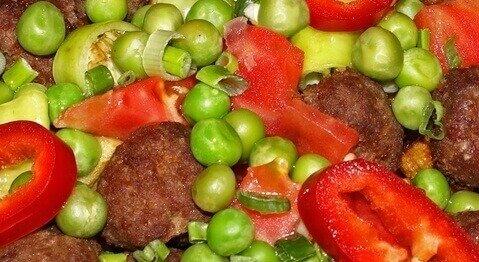 кюфтета със зеленчуци