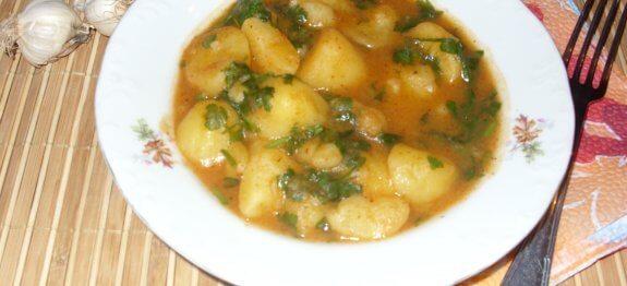 яхния с малки картофчета