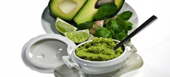 дресинг за салата с авокадо